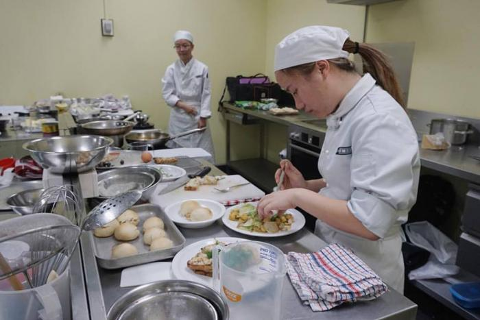 น้องแนตตี้ จากเด็กสาวชอบการกิน สู่การเรียนทำอาหารที่ออสเตรเลีย